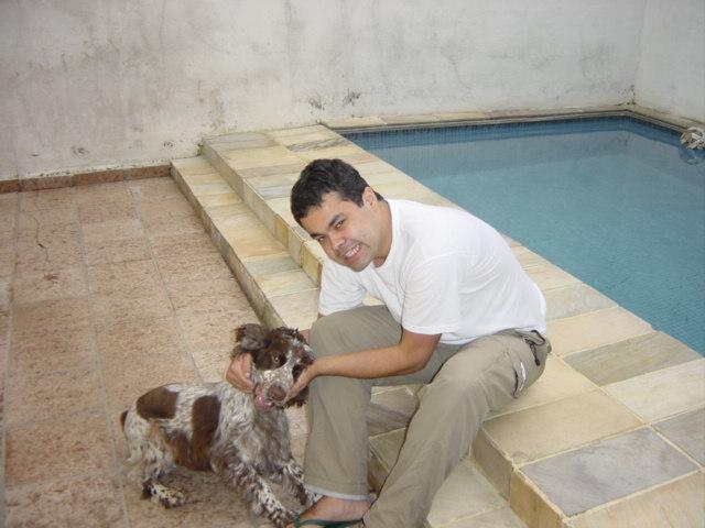 Meu irmão (o da direita) em 2002